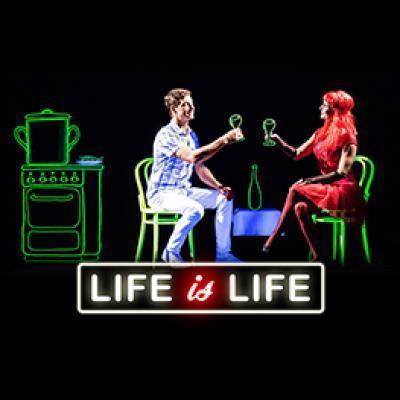 Divadlo METRO <br> LIFE IS LIFE